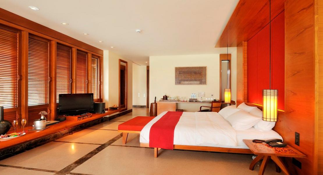 Water Villa – Maldives Holiday Paradise Island Resort